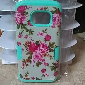 Samsung Accessories - Nwt: a beautiful floral design 2piece Samsung case